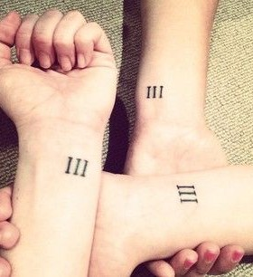 Heart-Melting sister tattoo Romam numbers