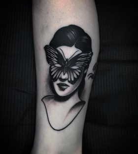 unusual-butterfly-tattoo-by-slumdog.tattooer
