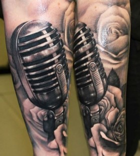 Vintage microphone tattoo by Riccardo Cassese