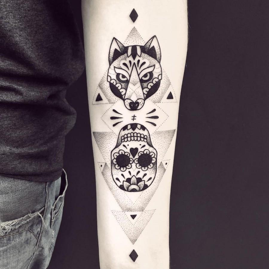 violette-bleunoir-fox-and-sugarskull-blackwork-tattoo
