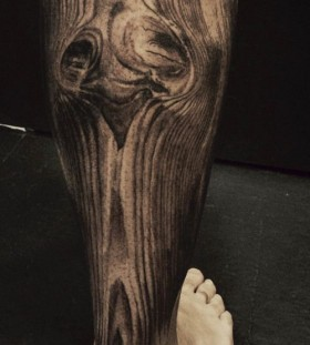 Wood grain leg tattoo by David Allen