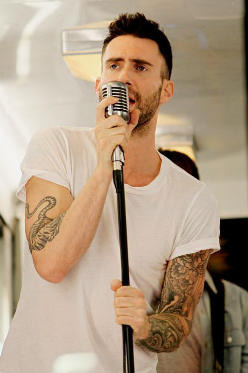 Adam Levine Tattoo Seen While He Singing