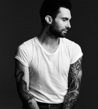 Adam Levine Tiger Tattoo In His RIght Arm