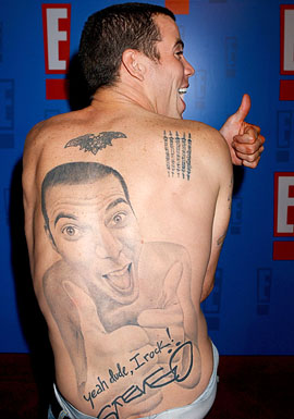 Adam Levine Man Face Tattoo on Back (NSFW)