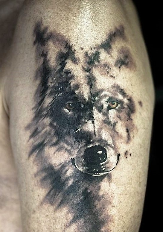 amber-eyes-faded-wolf-tattoo