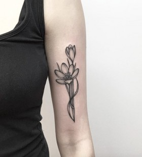 arm xray flower tattoo