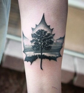 autumn-inspired-tattoo