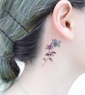 behind-the-ear-flower-tattoo-by-tattooist_banul