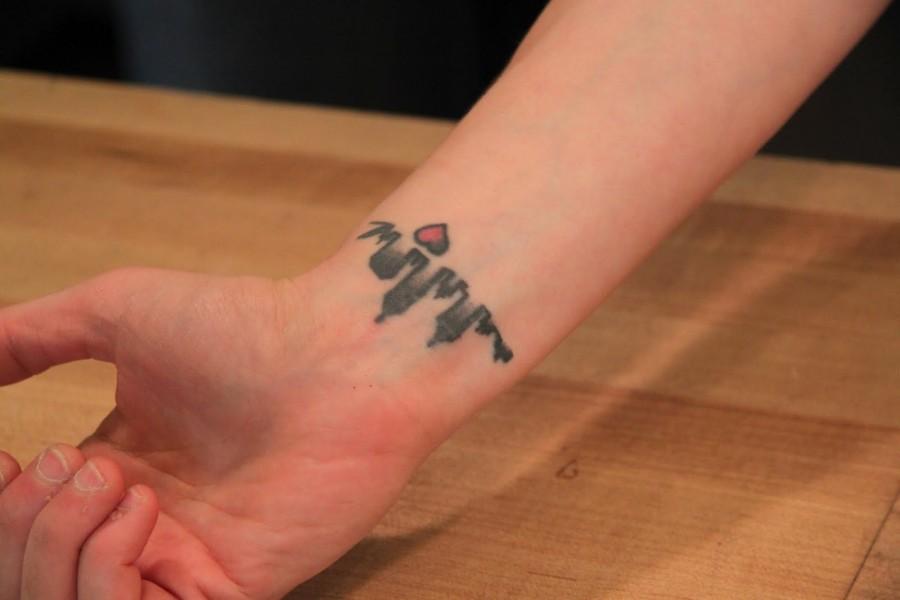 La Skyline Tattoo Design for Women