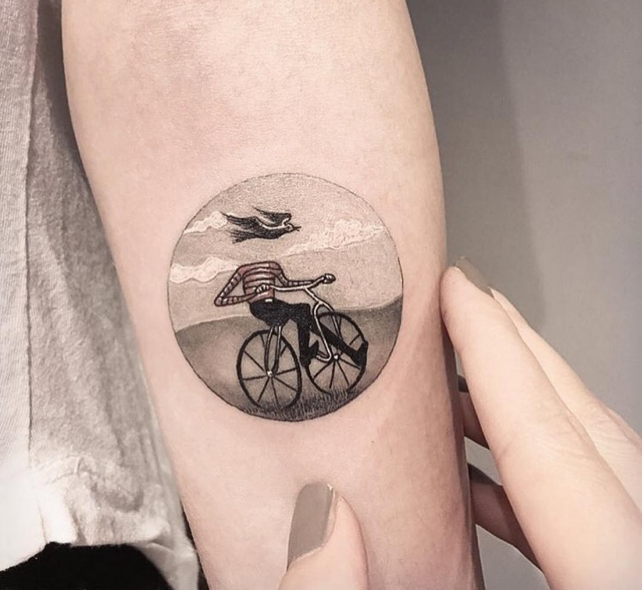 bicycle-circle-tattoo