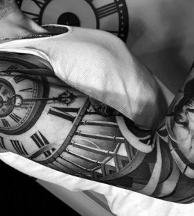black-and-grey-styles-of-tattoos