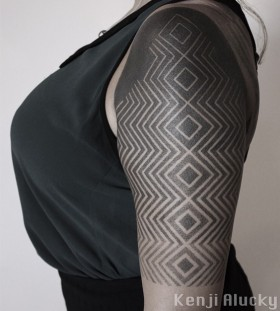 blackout-half-sleeve-tattoo-by-kenji-alucky