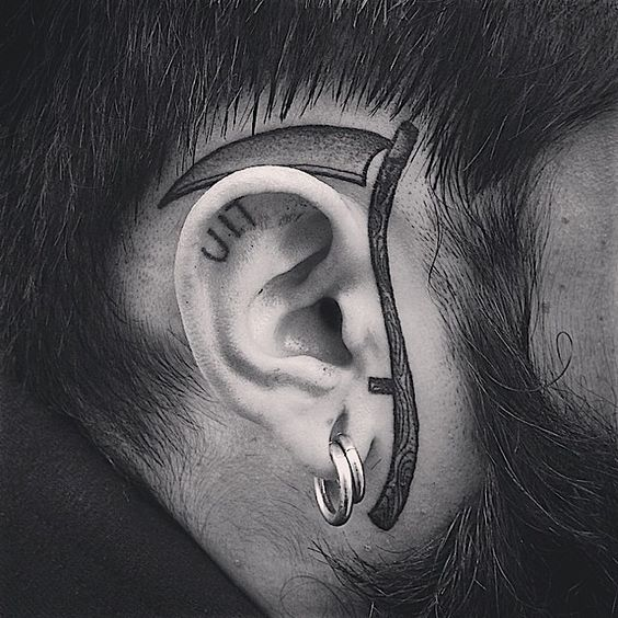 blackwork-skythe-tattoo-by-mxw-tattoo