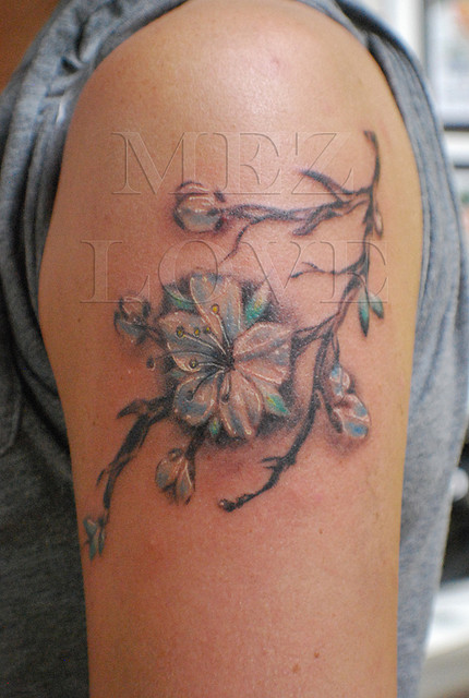 Punks Crappers Bleeding Heart Flower Tattoo for Women