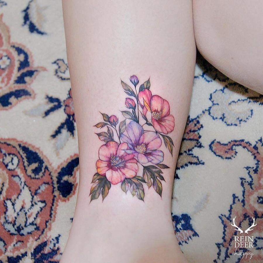 breathtaking-flower-tattoo