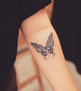 butterfly-tattoo-by-tattoo_grain