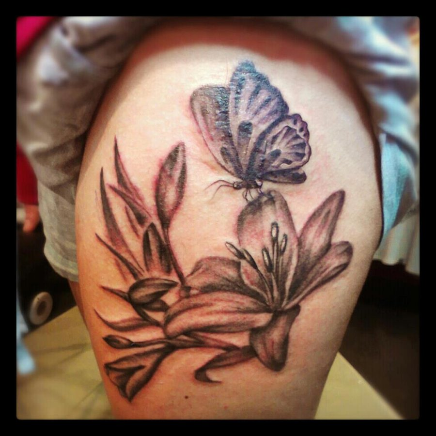 Beautiful Lily And Butterfly Tattoo By Malitiatattoo89