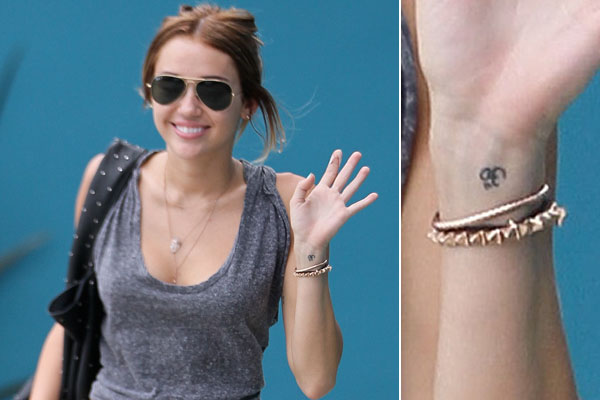 Beautiful Miley Cyrus Celebrities With Wrist Tattoos Ink On Hands