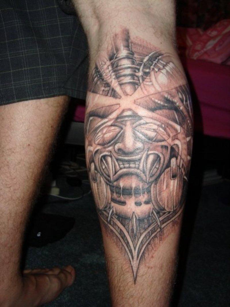 Art Skull Tattoo Design