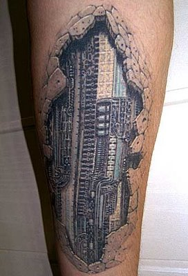 Cool 3D Tattoo Ideas on Foot