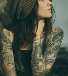 cool full sleeve tattoos for women