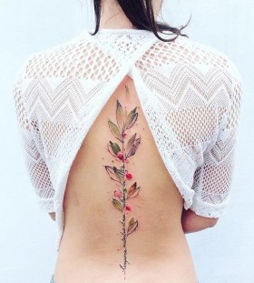 cool spine tattoos for women