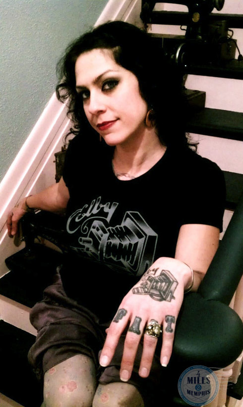 American Pickers Danielle Colby Hand and Finger Gothic Tattoo