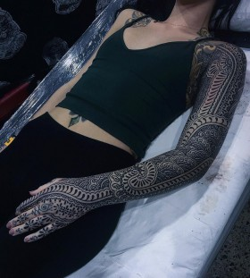 exquisite-full-sleeve-tattoo-by-guy-le