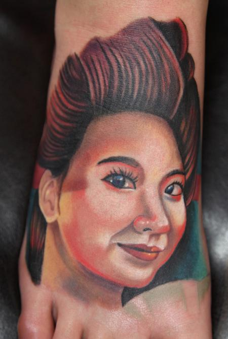 Feminine Face Tattoo Design on Feet – Tattoos for Women