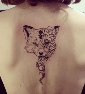 fox-on-back-autumn-tattoo