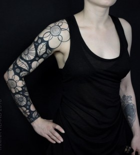 full-sleeve-tattoo-by-yaninaviland