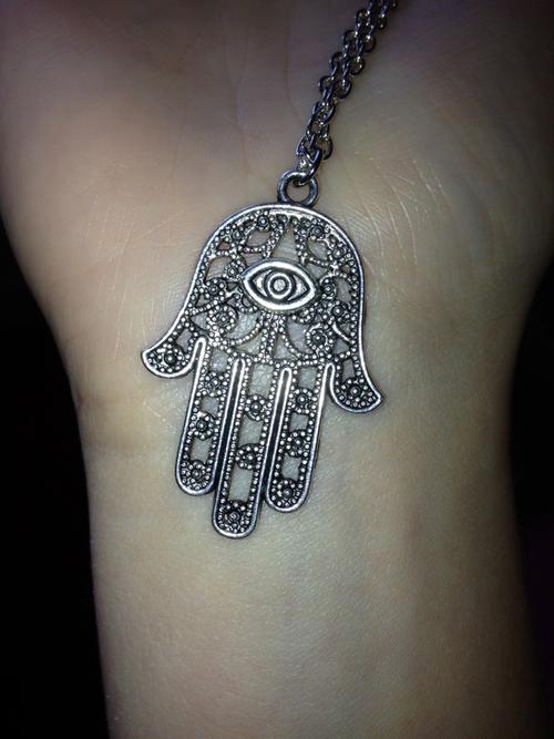 Hand Of Mary Tattoo Artwork | Tattoomagz.com › Tattoo ...
