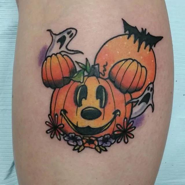 happy-pumpkin-halloween-tattoo