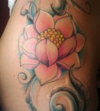 Flower Shaped Hip Tattoo Design for Girls
