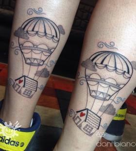 hot-air-balloon-tattoo-by-dani-bianco-2