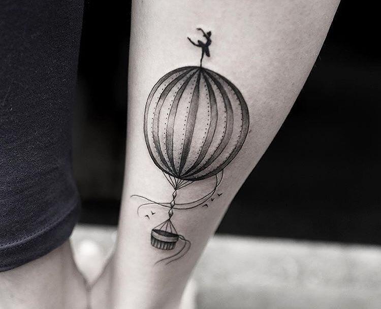 hot-air-balloon-tattoo-by-joice-wang