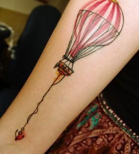 hot-air-balloon-tattoo-by-mara-koekoek