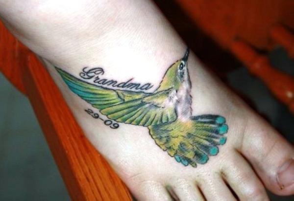 Cool Hummingbird Tattoos Design on Foot