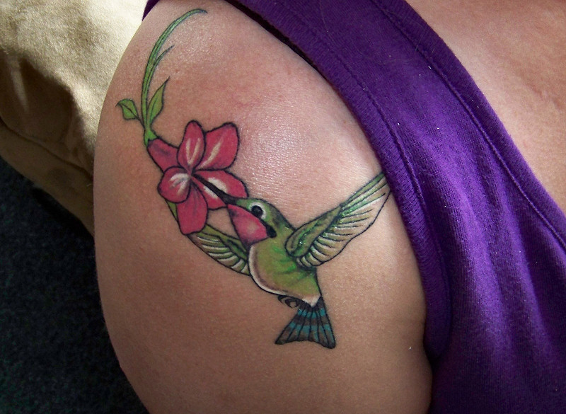 Hummingbird On Shoulder Tattoo Design