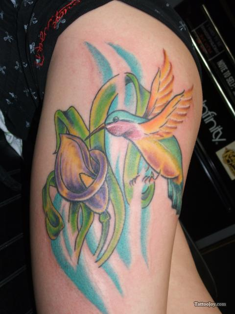 Hummingbird Tattoo Design on Thigh