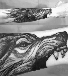 linework-wolf-tattoos