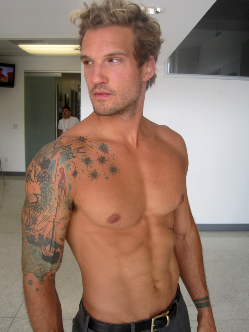 Male model parker hurley arm tattoo for Tattooed single men