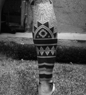 maori half leg tribal tattoo