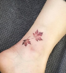 maple-leaft-autumn-tattoo