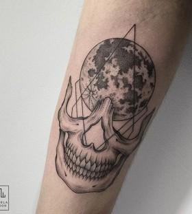 marla_moon-moon-skull-tattoo