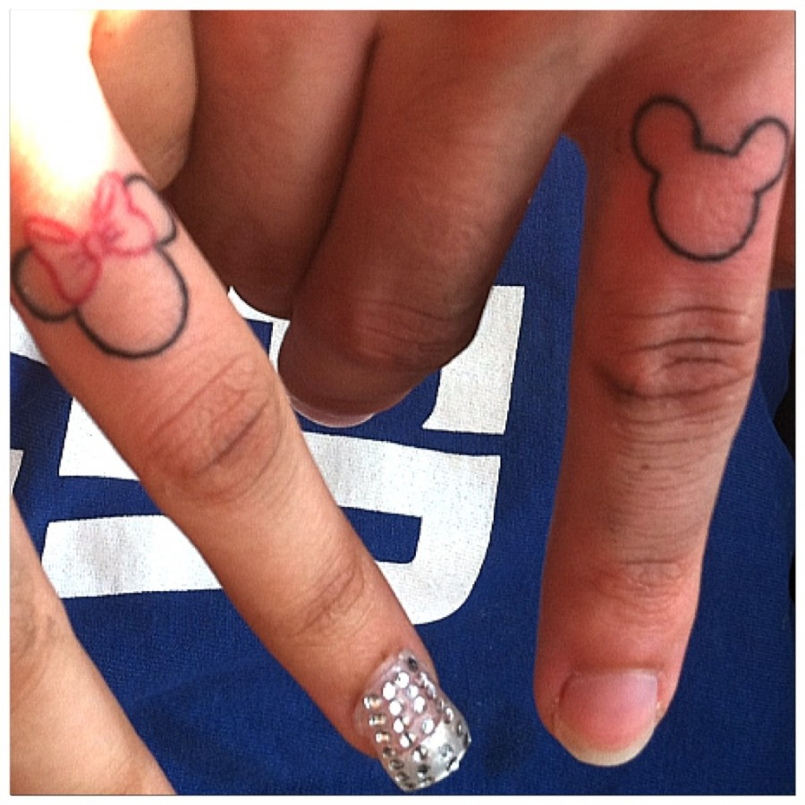 Matching Finger Tattoos for Couple