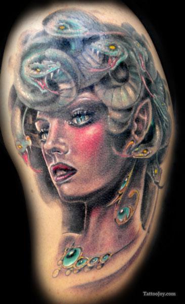 Stunning Medusa Tattoo by Ettore Bechis