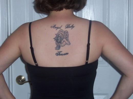 Unforgettable Memorial Tattoo Designs For Girls