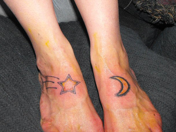 Moon And Star Tattoo Designs on foot By Mokavu