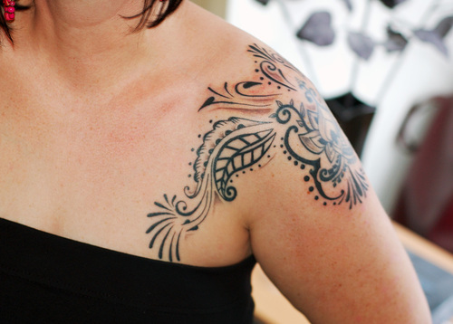 Swirly Floral and Flowers Shoulder Tattoos for Women
